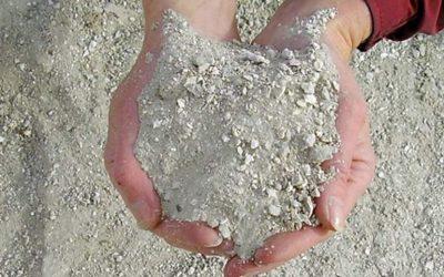 Using Sodium Bentonite To Seal Earth Dams, Ponds & Streams