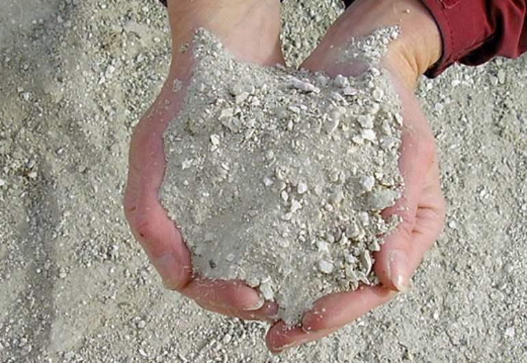 Dam-Sealers-Bentonite-Suppliers-and-Installers